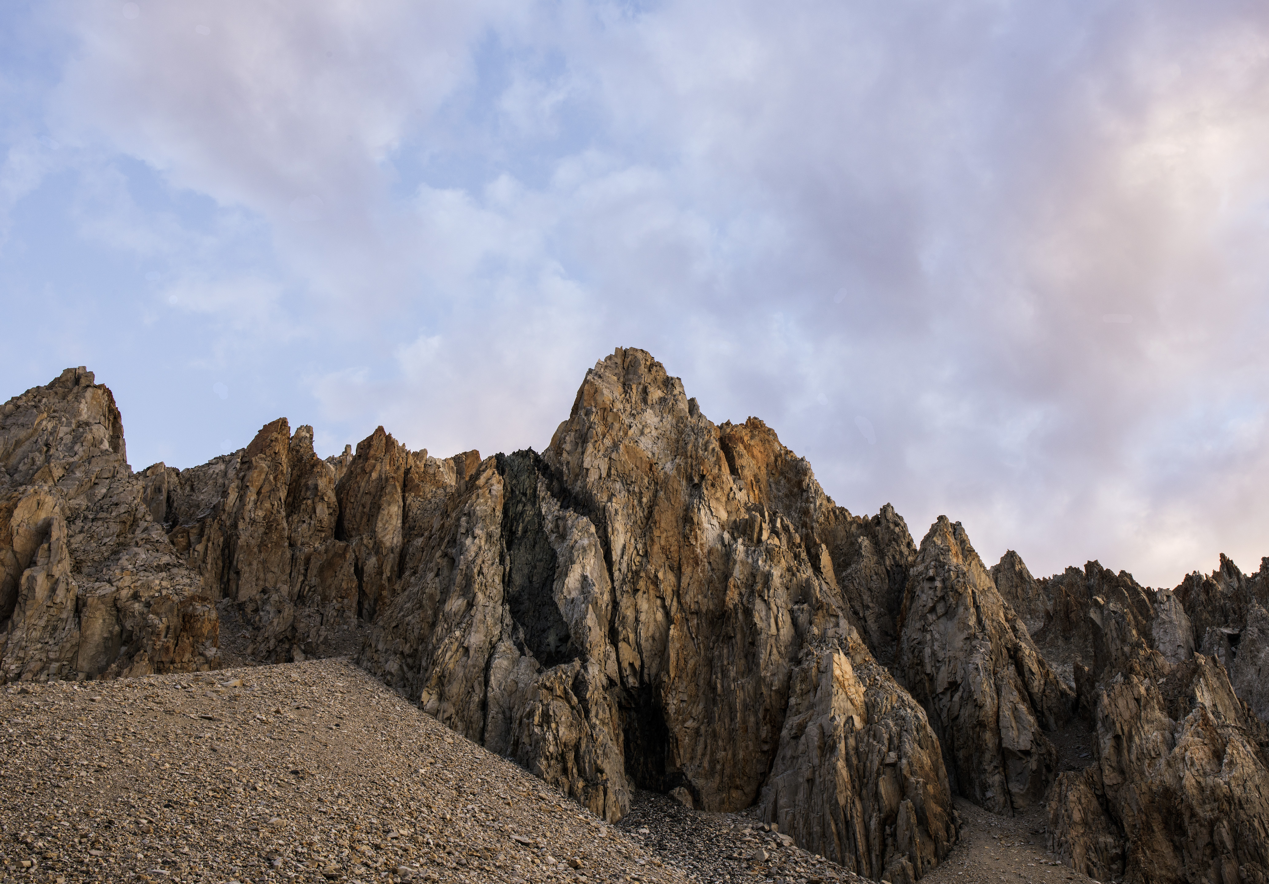 Crags along the Taboose Pass Trail